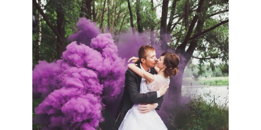 Имеет ли цветной дым срок годности